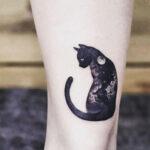 tatuaje de gato negro y la luna