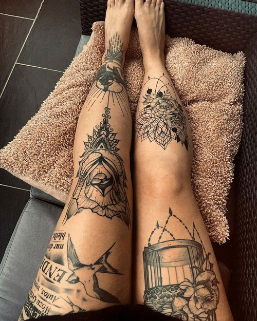 tatuaje en negro piernas