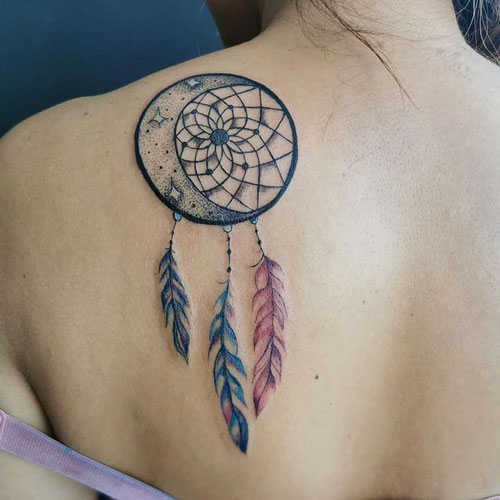 tatuaje atrapa sueño y la luna
