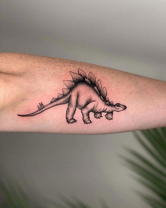 tatuaje de Estegosaurio