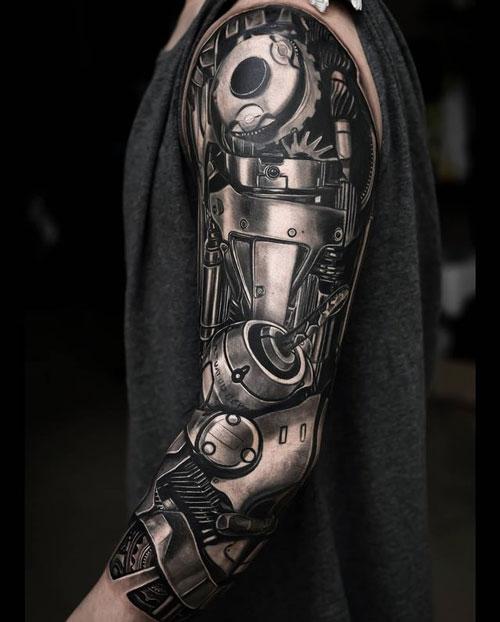 tatuaje de brazo mecanico