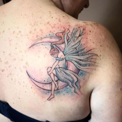 tatuaje de hadas y la luna