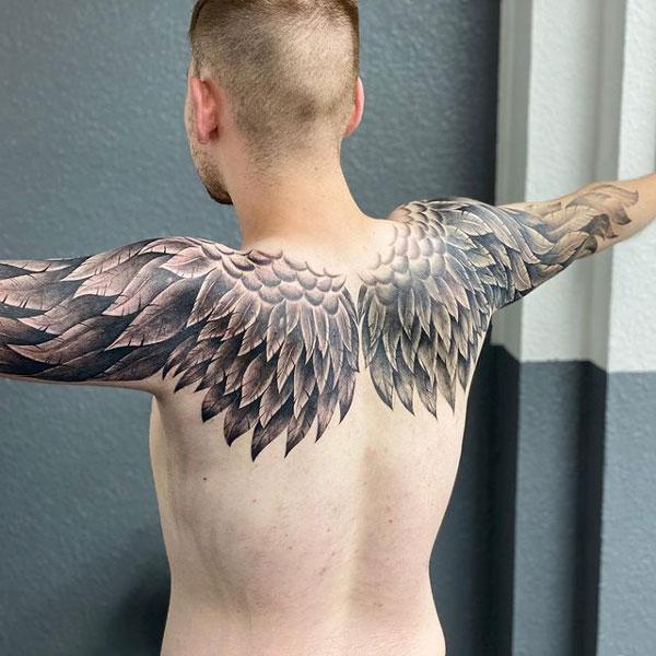 tatuaje espalda y brazos