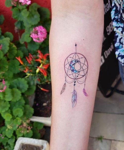 tatuajes de atrapasueño con luna
