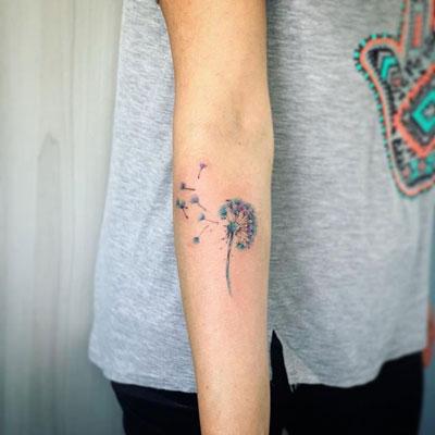 tattoo acuarela dientedeleon