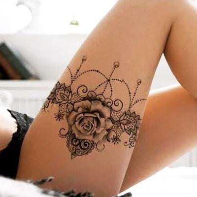 tattoo liguero con rosa