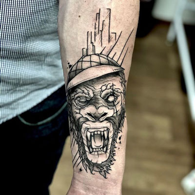 tatuaje de un simio