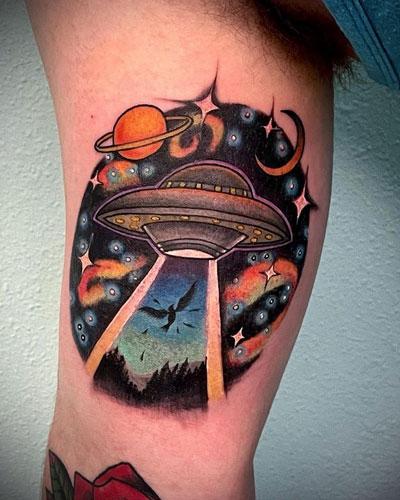 tatuaje nave espacial