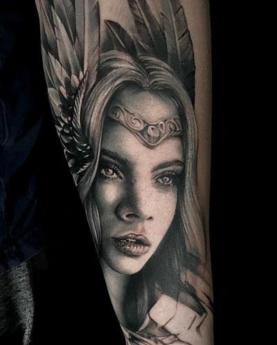 tatuaje vikingo Freya