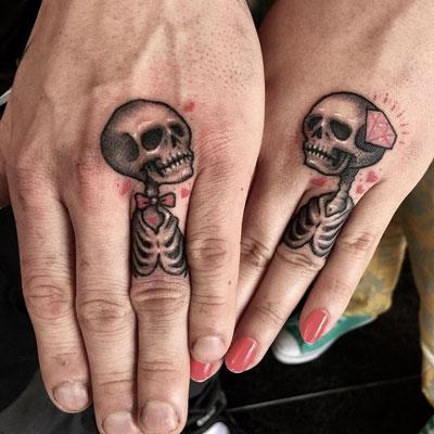 anillos de tatuaje