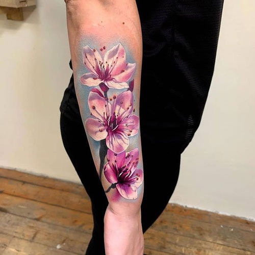 tatuaie flor realismo