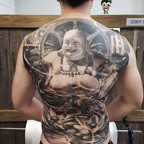 tatuaje buda sonriendo