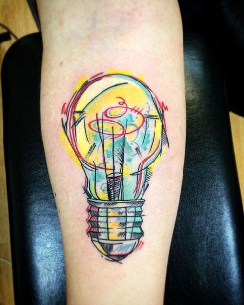 tatuaje foco a color