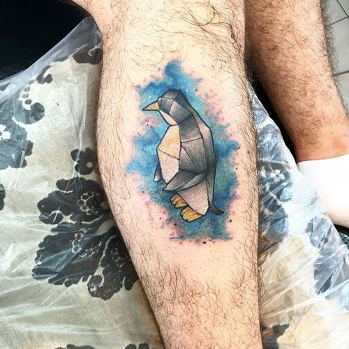 tatuaje pinguino acuarela