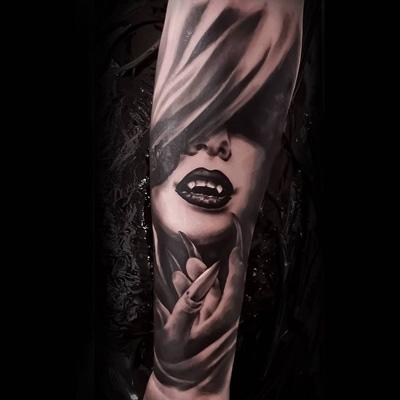 vampiresa tattoo