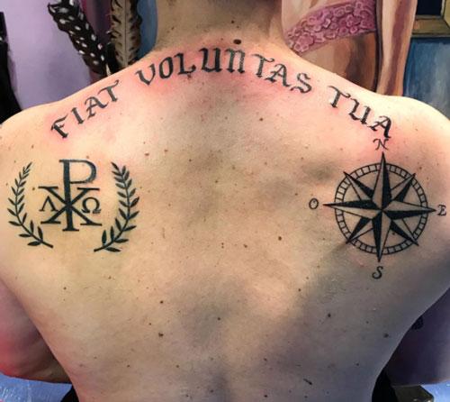 alpha y omega tatuaje