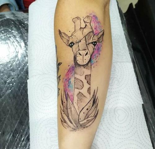 aquacolor tatuaje jirafa