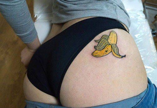 banana tattoo color