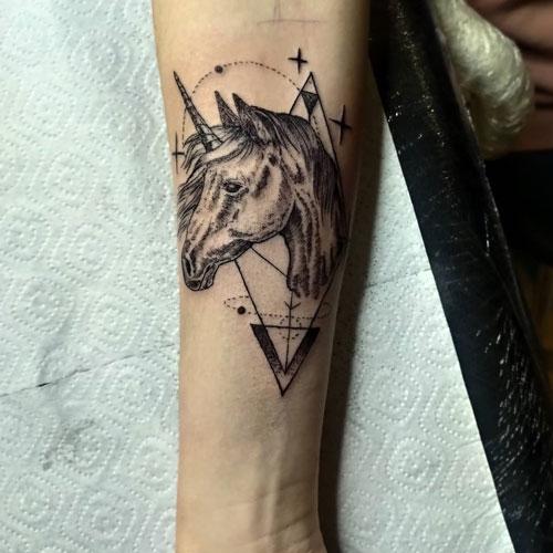 tattoo unicornio