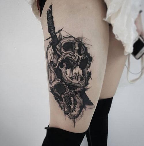 tatuaje en piernas de mujer