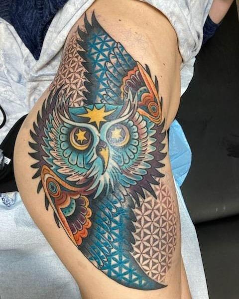 color tattoo de buho