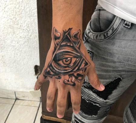 tatuaje de ojo de horus