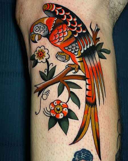 Tattoo de un loro