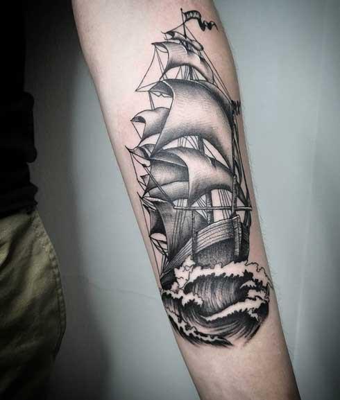 black and grey tatuaje de barco