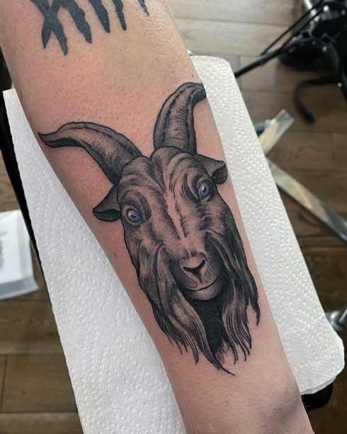 black grey tatuaje cabra