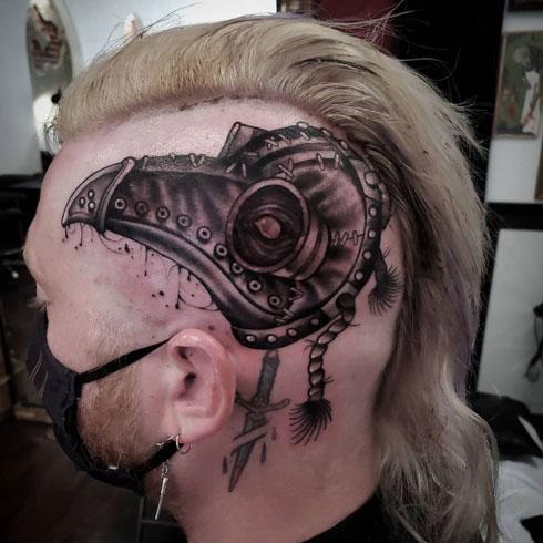 mascara para peste tatuaje