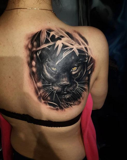 pantera negra tatuaje