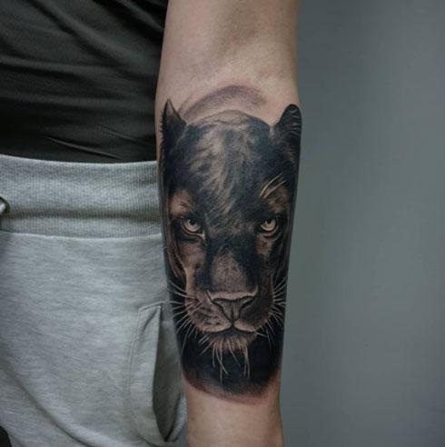 pantera tatuaje