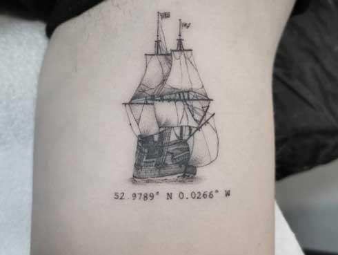tattoo barco y coordenada
