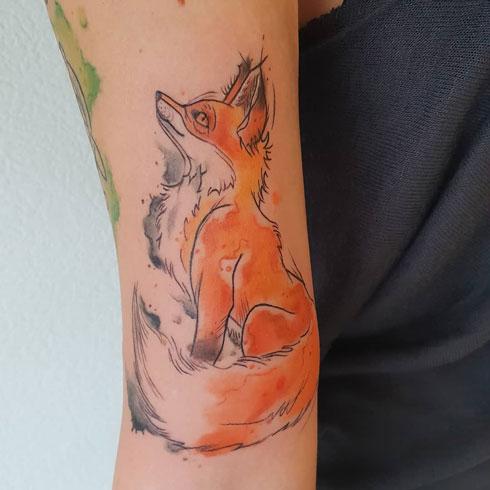 tatuaje acuarela de zorro