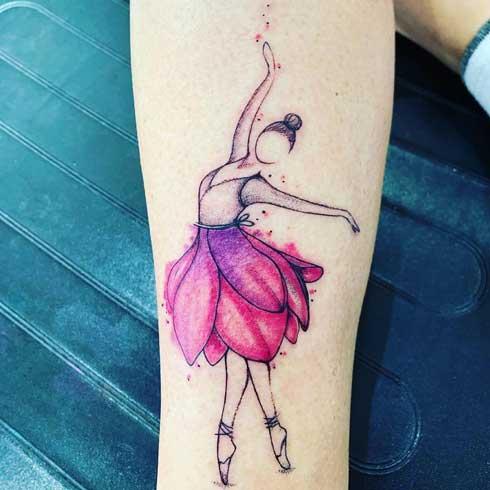 tatuaje color bailarina