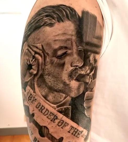 tatuaje de arthur shelby