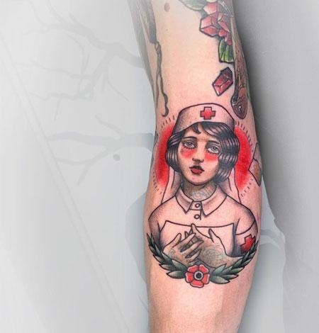 tatuaje de enfermera