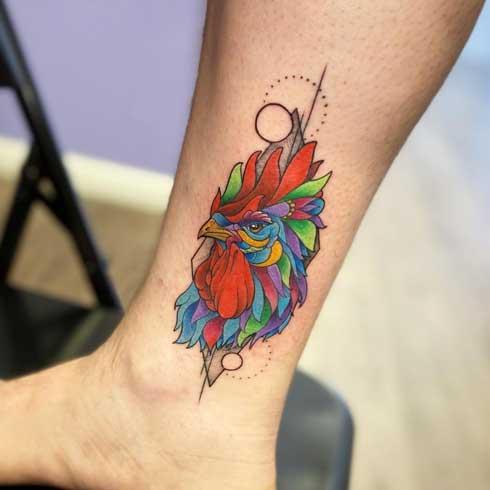 tatuaje de gallos a color