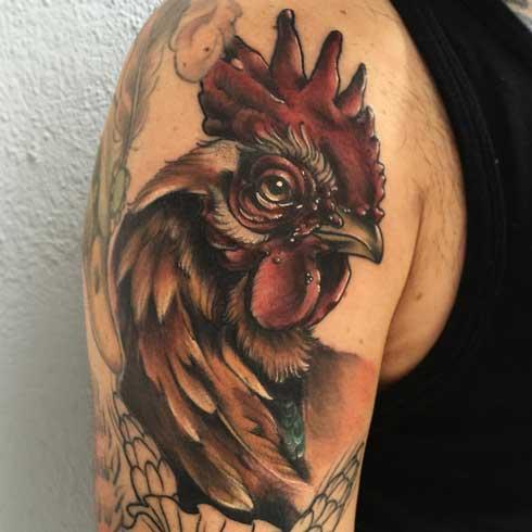 tatuaje de un gallo