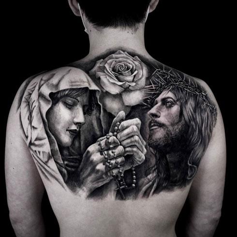 tatuaje realismo de jesus