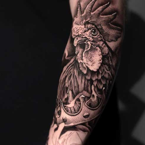 tatuaje realismo de un gallo