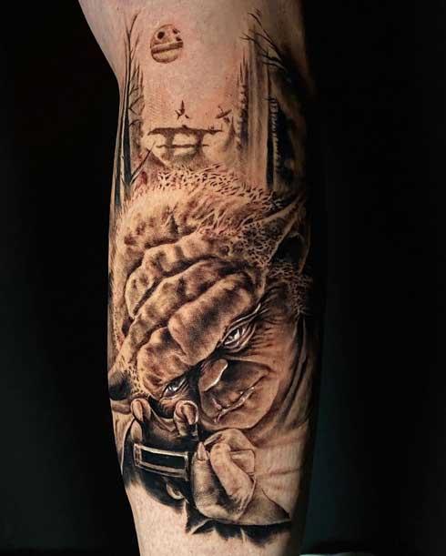 yoda tatuaje realismo
