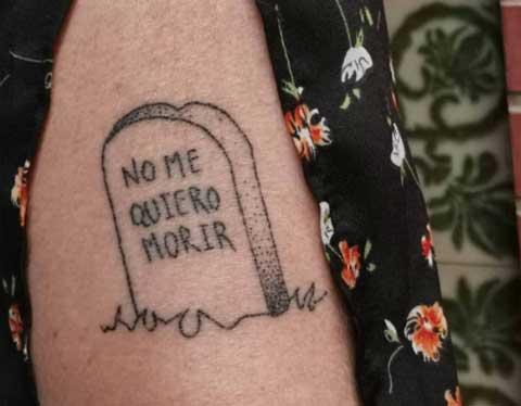 epitafio no me quiero morir tatuaje