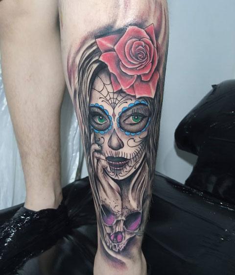 tattoo catrina en espinilla