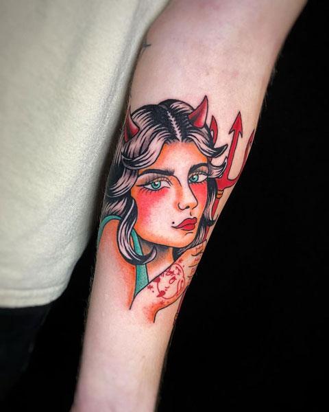 tatuaje de diabla