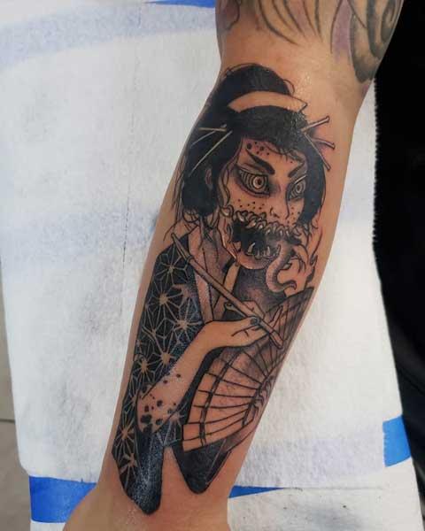 tatuaje geisha demonio