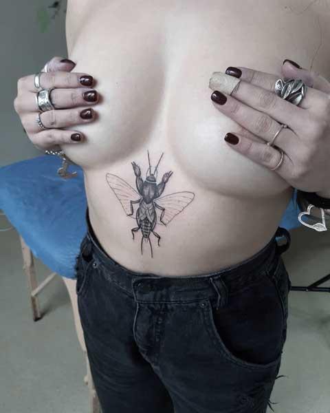 tatuaje insecto