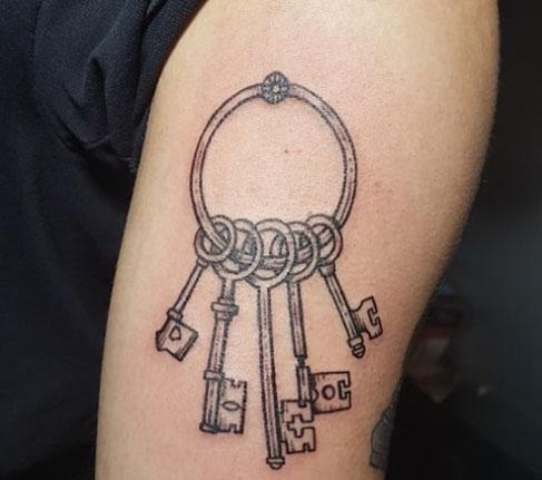 tatuaje llavero