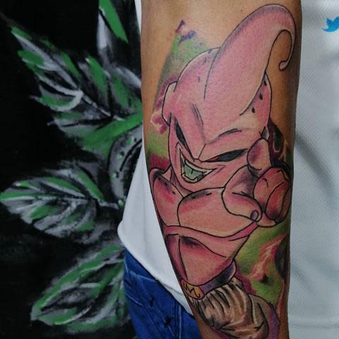majinbuu tatuaje