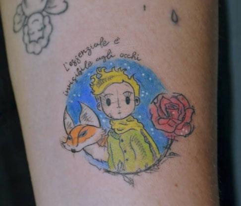 tatuaje a color del principito